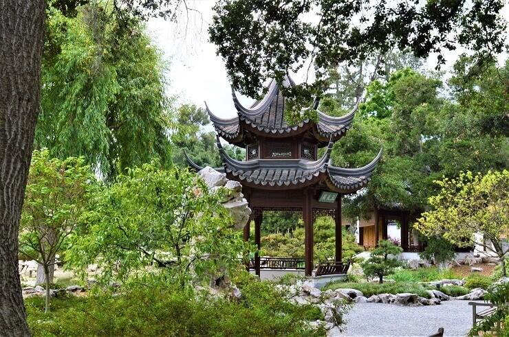 Китайская беседка в ботаническом саду Хантингтона