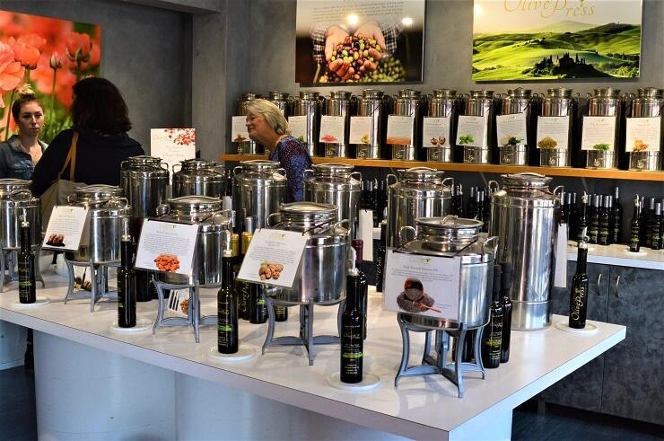 Магазин оливкового масла в Солваге