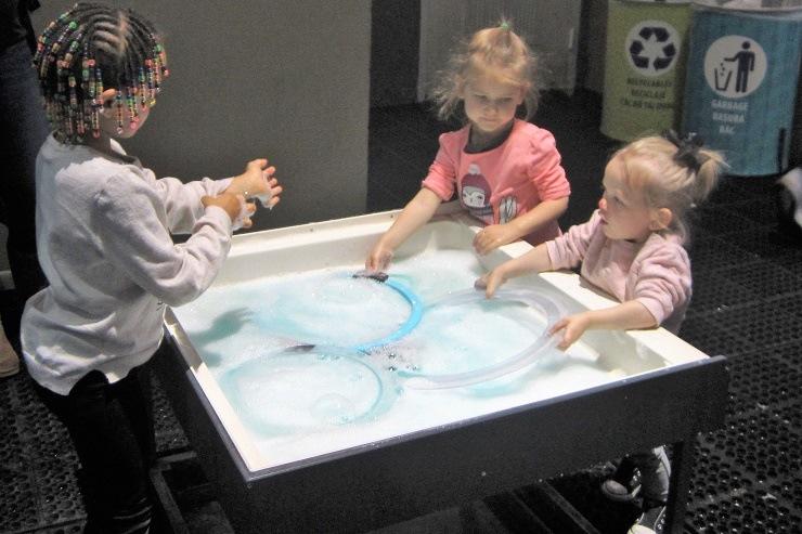 Детский музей в Сан-Хосе. Комната мыльных пузырей