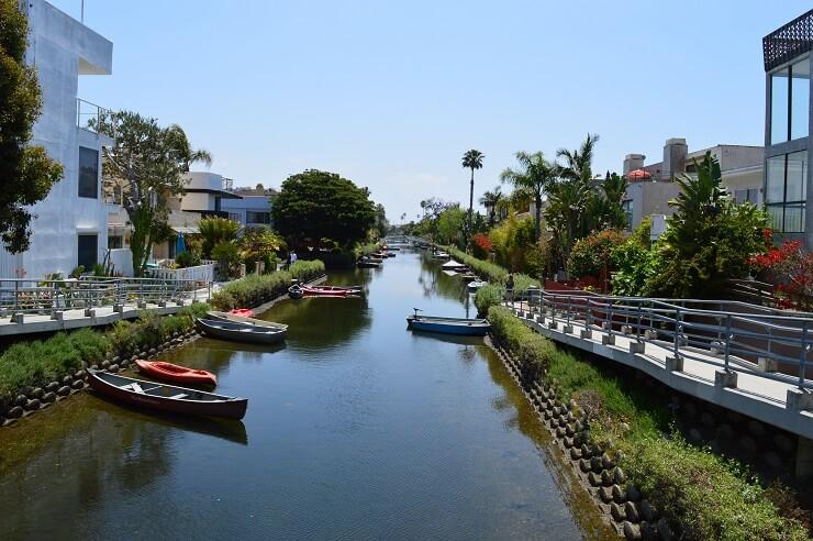 Лос-Анджелес. Каналы Венис и пляж Венис Бич