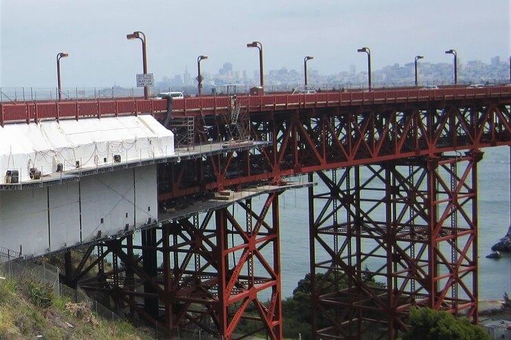 Антисуицидальное ограждение моста