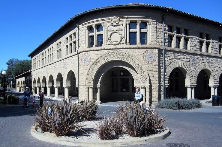 Стэнфорд. Здания из песчаника