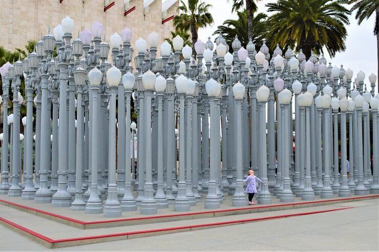 Инсталляция Городской свет