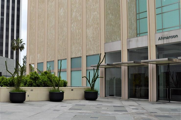 Вокруг Музея искусств округа Лос-Анджелес (LASMA)