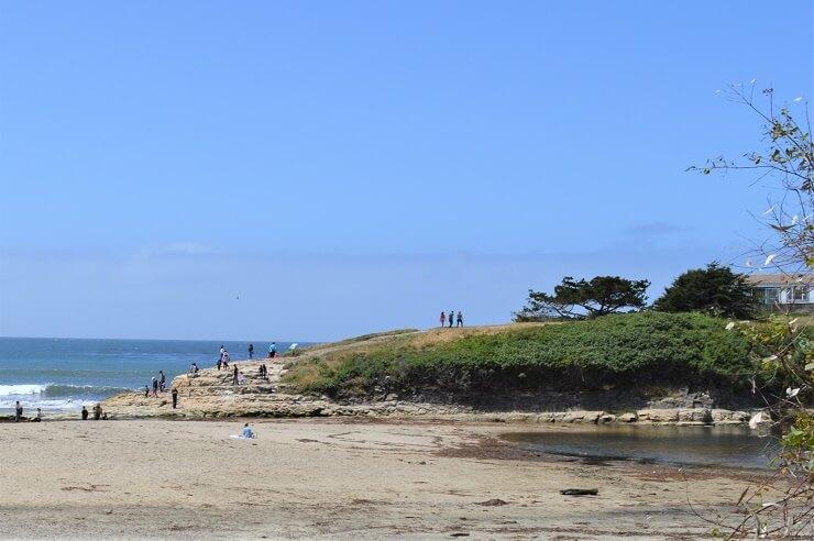 Бассейн на пляже в Санта-Круз